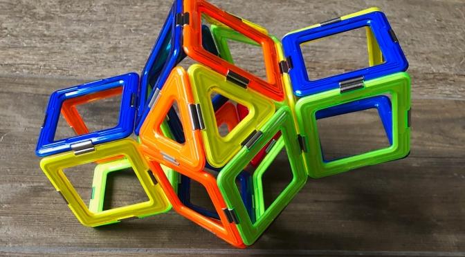 Mit Magnetspielzeug Mathe lernen?