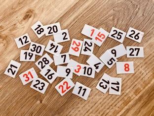 Kalenderzahlen ausschneiden